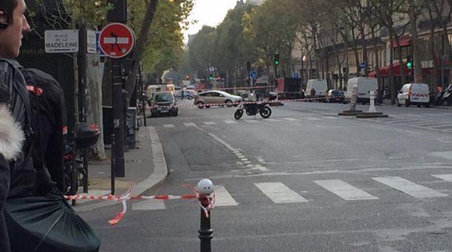 Συναγερμός για βόμβα σε λεωφόρο στο Παρίσι
