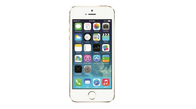 Πτώση στις πωλήσεις του iPhone για τρίτο συνεχόμενο τρίμηνο