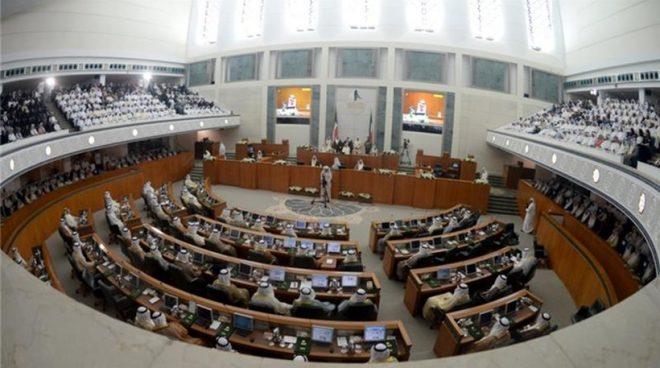 Δραματικές εξελίξεις στο Κουβέιτ: Ο εμίρης ανακοίνωσε τη διάλυση του κοινοβουλίου