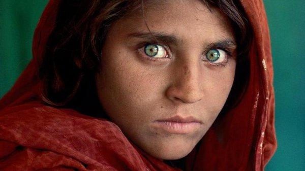 Συνελήφθη το κορίτσι με τα πράσινα μάτια του «National Geographic»