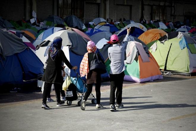 Spiegel: «Οχι» της Κομισιόν σε συμφωνίες με άλλες χώρες για το προσφυγικό