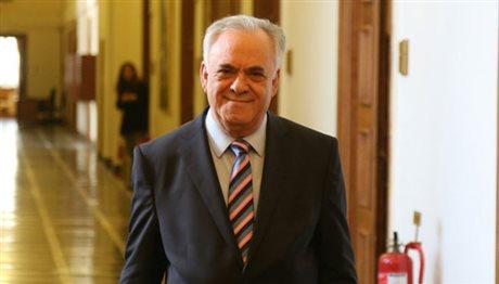 «Όχι» σε τέταρτο μνημόνιο και εκλογές λέει ο Γ. Δραγασάκης