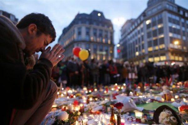 Εκκενώθηκε το αεροδρόμιο του Μπορντώ στη Γαλλία-Επιστρέφει ο εφιάλτης της τρομοκρατίας; (ΕΙΚΟΝΕΣ)