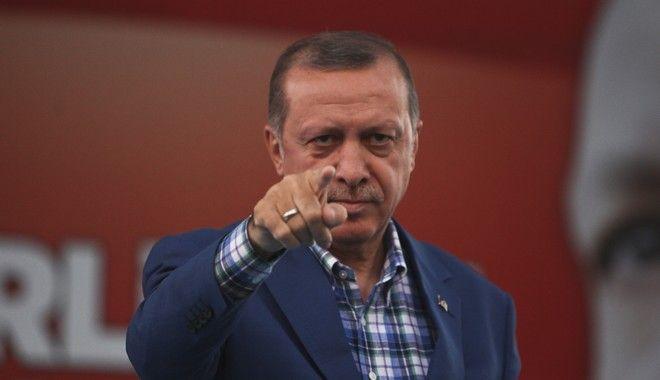 Νέα πρόκληση Ερντογάν: 'Η Ευρώπη υποθάλπει την τρομοκρατία'
