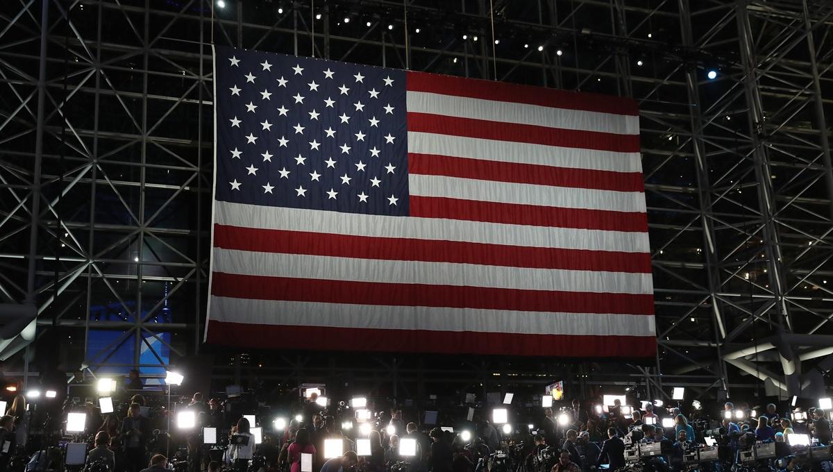 Μάχη Χίλαρι-Τραμπ ψήφο με ψήφο…