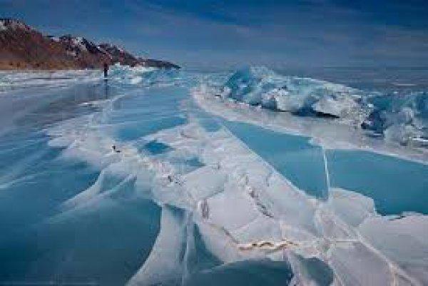 Γιγάντιο »αντικείμενο» κάτω από τον πάγο της Ανταρκτικής προβληματίζει τους επιστήμονες