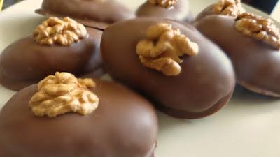 Μελομακάρονα με σοκολάτα – Από τα ωραιότερα!!
