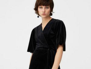 Tο ωραιότερο φόρεμα για το ρεβεγιόν είναι βελούδινο και κοστίζει κάτω από 40 ευρώ