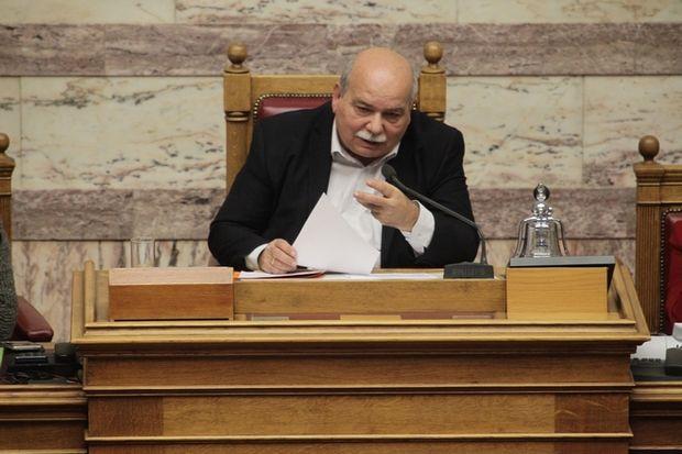 Η Βουλή προσφέρει 5 εκατ. ευρώ για την αντιμετώπιση του προσφυγικού
