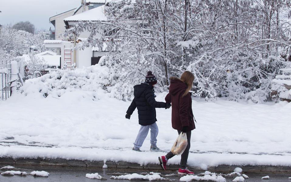 Συνεχίζεται η κακοκαιρία: Κλειστά σχολεία λόγω χιονόπτωσης σε διάφορες περιοχές της χώρας