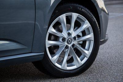 Πρώτη οδηγική εμπειρία με το καινούργιο Renault Megane