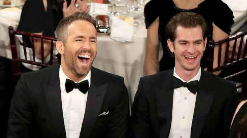 Χρυσές Σφαίρες 2017: To φιλί του Andrew Garfield με τον Ryan Reynolds (βίντεο)