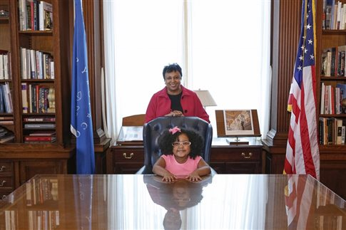 Tετράχρονη έχει διαβάσει πάνω από 1.000 βιβλία!