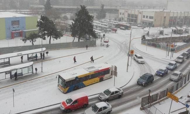 Θεσσαλονίκη: Με σχέδιο εκτάκτου ανάγκης κυκλοφορούν 208 αστικά λεωφορεία