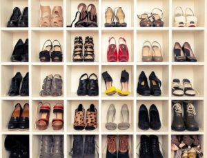 Θέλετε να είστε στυλάτες από το πρωί μέχρι το βράδυ; Δείτε τα must παπούτσια των εκπτώσεων με λιγότερο από 9,99 €.