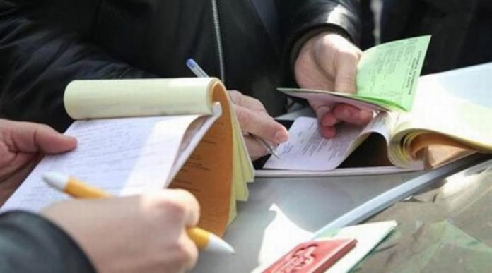 Έως και 37,95% οι εισφορές επί του εισοδήματος για ελεύθερους επαγγελματίες