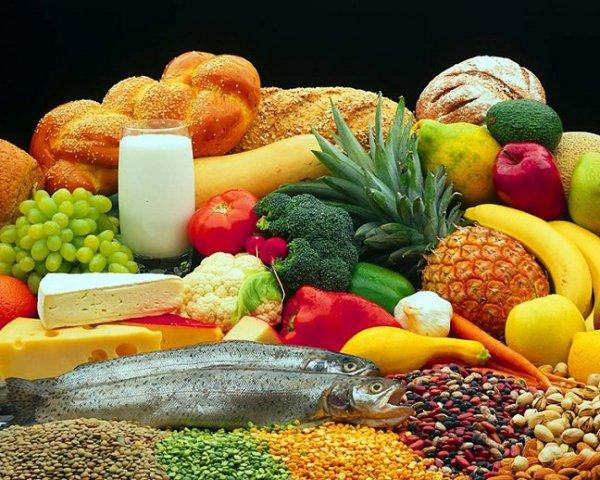 Τι πρέπει να τρώμε στα 20, 30 και 40