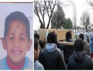 Σπάραξαν καρδιές στην κηδεία του 6χρονου που δολοφονήθηκε στην Κομοτηνή! Τραγικές φιγούρες οι γονείς του! (photos+video)