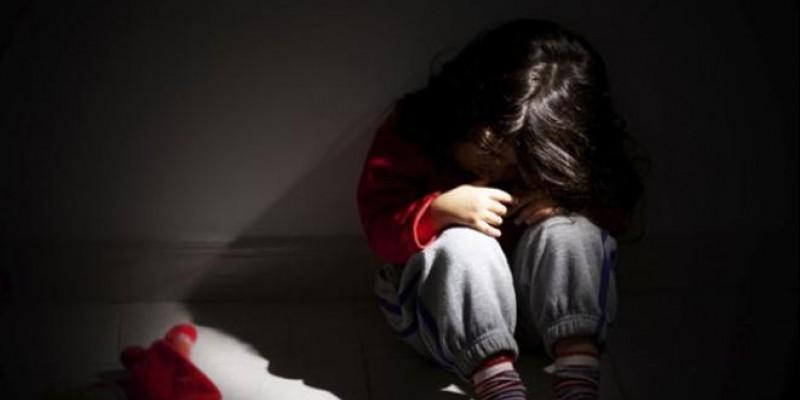 Θύμα κακοποίησης η μητέρα που βασάνισε το 3χρονο παιδί της