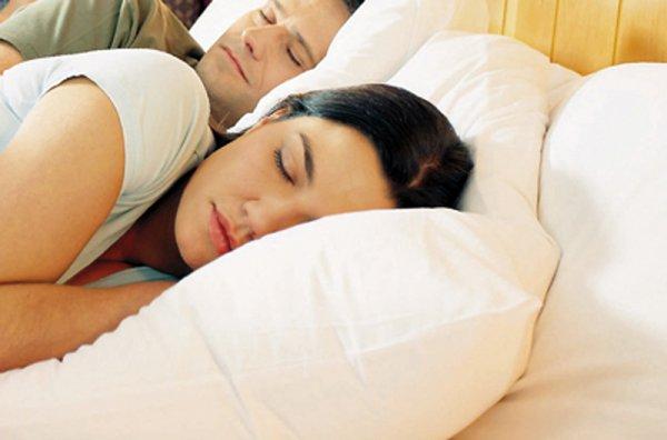 Tα 4 βασικά στοιχεία για έναν καλό ύπνο