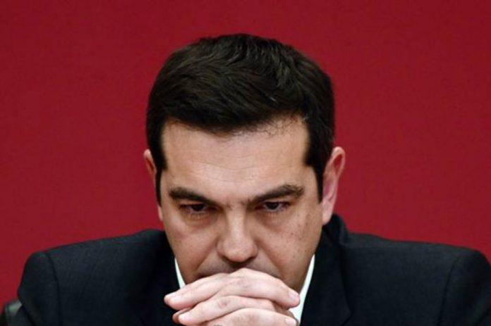 Politico: H απογοήτευση από τον Τσίπρα και τις κούφιες υποσχέσεις του είναι «συντριπτική»