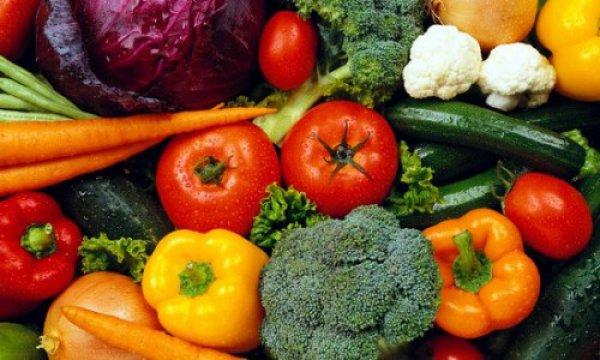 Τα λαχανικά και φρούτα με τα περισσότερα φυτοφάρμακα
