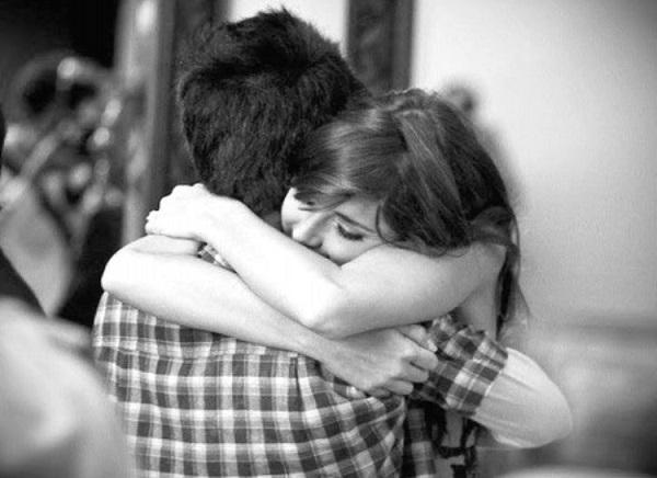 Η αγκαλιά είναι το καλύτερο αντιϊικό φάρμακο!