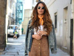 Suede φούστα: Όλοι οι τρόποι για να τη φορέσεις αυτό το χειμώνα