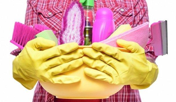 Τα 7 βήματα για να καθαρίσετε το σπίτι σας σε λιγότερο από 30 λεπτά