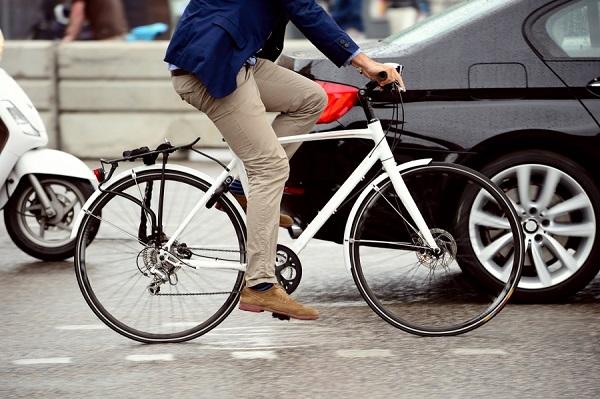 Το Όσλο δίνει 1.200 δολάρια στους κατοίκους για να πάρουν ηλεκτρικά ποδήλατα