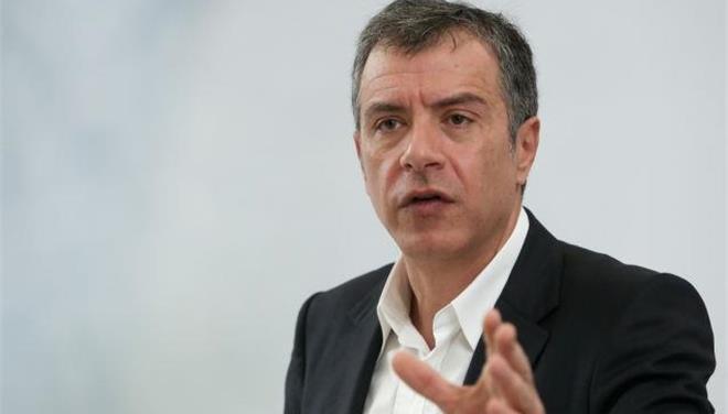 Θεοδωράκης: Αν δεν κλείσει άμεσα η αξιολόγηση, θα γυρίσουμε σε ακόμη χειρότερες ημέρες