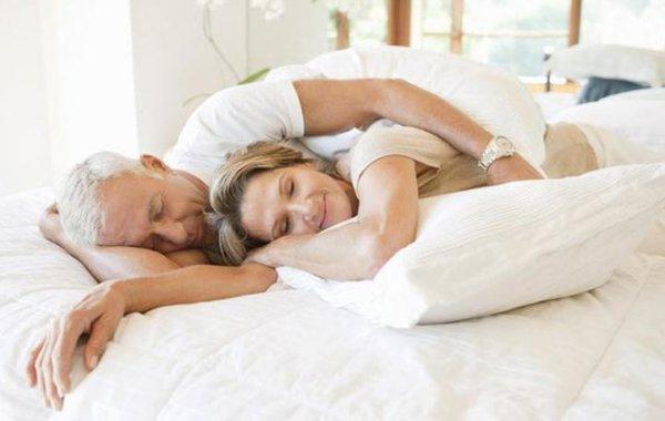 Πόσες ώρες ύπνου συνδέονται με περισσότερη σeξουαλική δραστηριότητα
