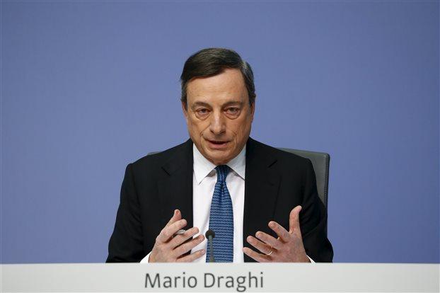 Ντράγκι: Αναγκαία η χαλαρή νομισματική πολιτική