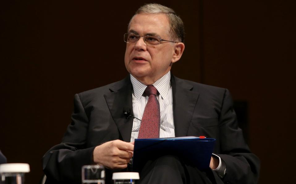 Παπαδήμος: Αν η Ευρωζώνη δεν ενισχυθεί, θα διαλυθεί