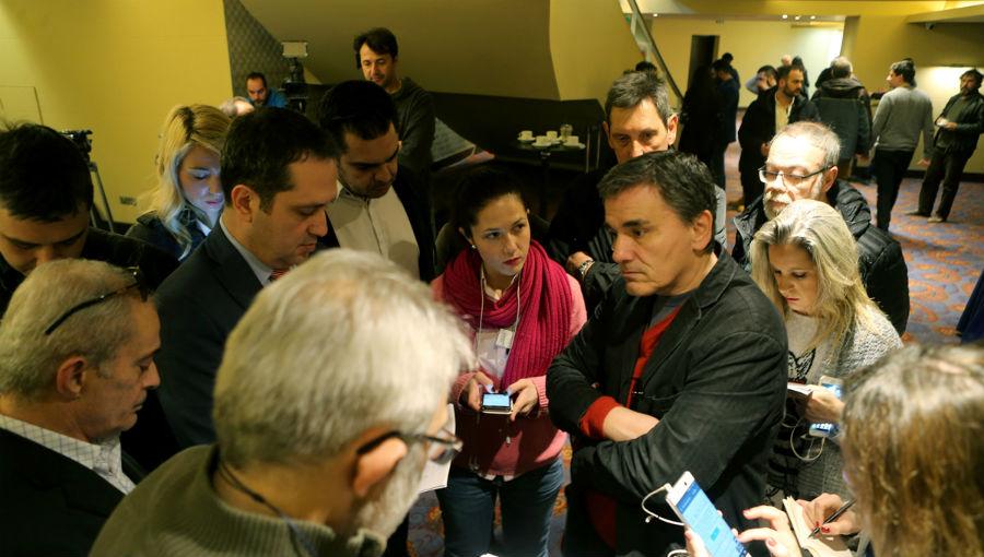 Τα δημοσιονομικά στη συνάντηση Τσακαλώτου – Αχτσιόγλου με τους επικεφαλής των θεσμών