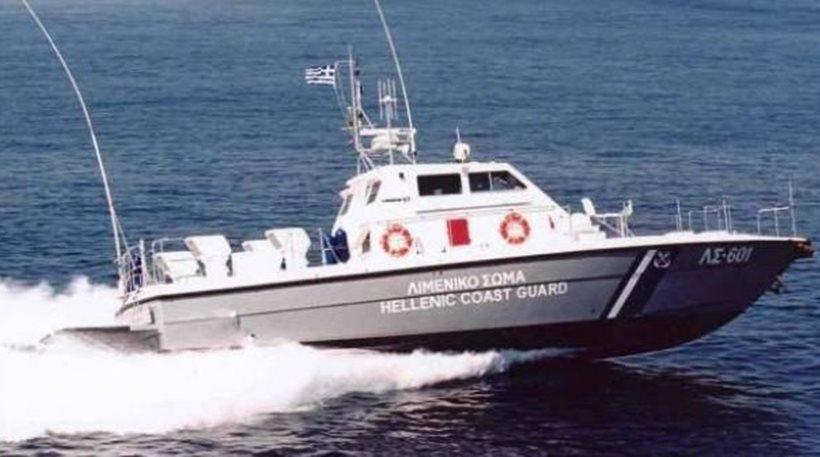 Πάτρα: Ένας τραυματίας από σύγκρουση ιστιοφόρου με πλοίο αγνώστων στοιχείων