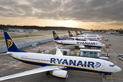 Τέσσερα νέα δρομολόγια της Ryanair από Θεσσαλονίκη προς Αϊντχόφεν, Μόναχο, Μπρατισλάβα και Νάπολη!