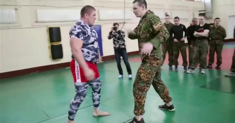 Ειδικές Δυνάμεις Vs Μαχητές Του MMA (Video)