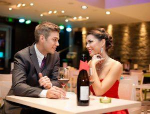 Αυτά είναι τα βήματα που θα σε κάνουν να χαλαρώσεις και να απολαύσεις το πρώτο ραντεβού!