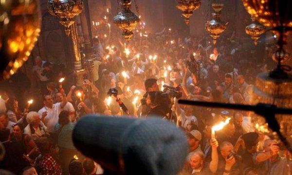Η συγκλονιστική στιγμή της τελετής αφής στα Ιεροσόλυμα – (BINTEO)