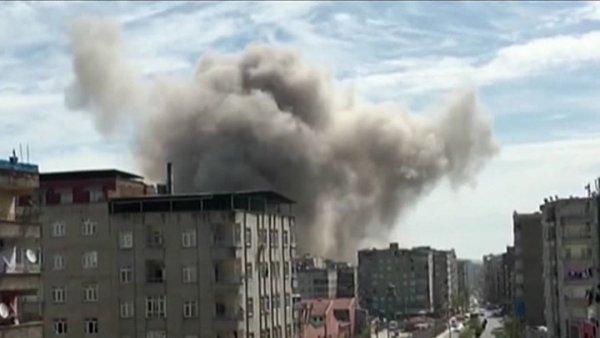 Τουλάχιστον 4 τραυματίες από έκρηξη στην Τουρκία (ΦΩΤΟ)