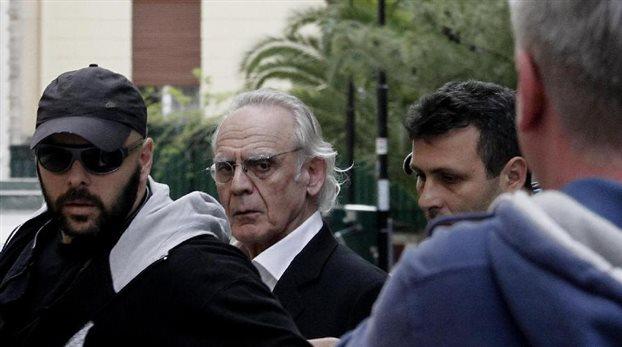 Ο Άκης Τσοχατζόπουλος βρήκε τα 200.000 ευρώ και αποφυλακίζεται