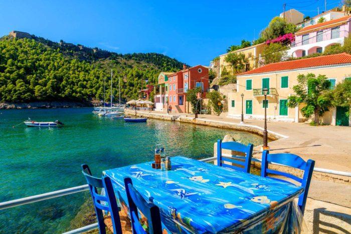 Αυτό το ελληνικό χωριό είναι τόσο όμορφο που νομίζεις ότι βγήκε από καρτ ποστάλ