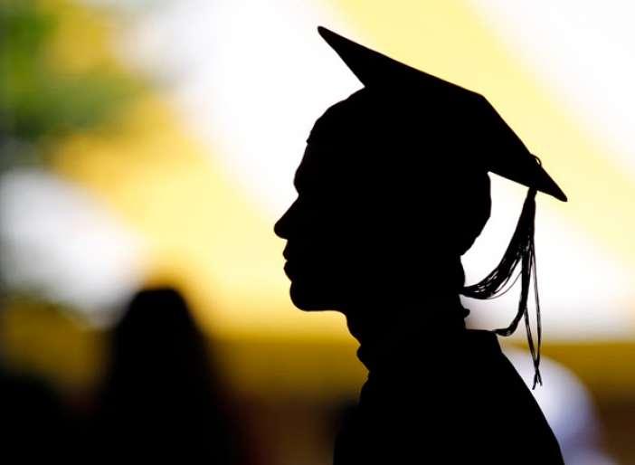Έρευνα: Επτά στους δέκα μαθητές Λυκείου σκέφτονται τις σπουδές στο εξωτερικό