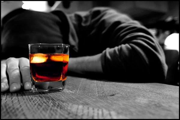 Νέα έρευνα: Η μέτρια κατανάλωση αλκοόλ μειώνει τον κίνδυνο καρδιαγγειακών παθήσεων