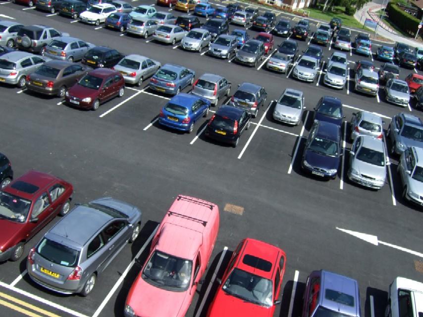 Δεν θυμάστε που παρκάρατε; Η Google maps βρίσκει το αυτοκίνητό σας