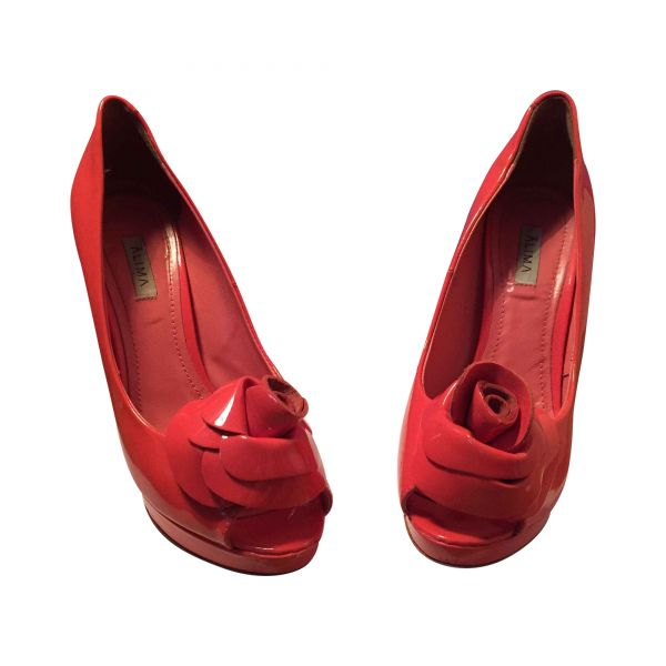 Floral Shoes: 10 ζευγάρια παπούτσια με λουλούδια που θα λατρέψεις