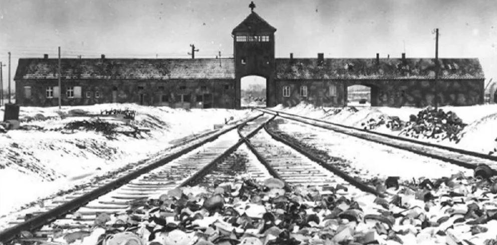 15 Σοκαριστικές Αλήθειες για τον Αδόλφο Χίτλερ που θα σας κάνουν να Ανατριχιάσετε. Με την 10η, θα Τραβάτε τα Μαλλιά σας!