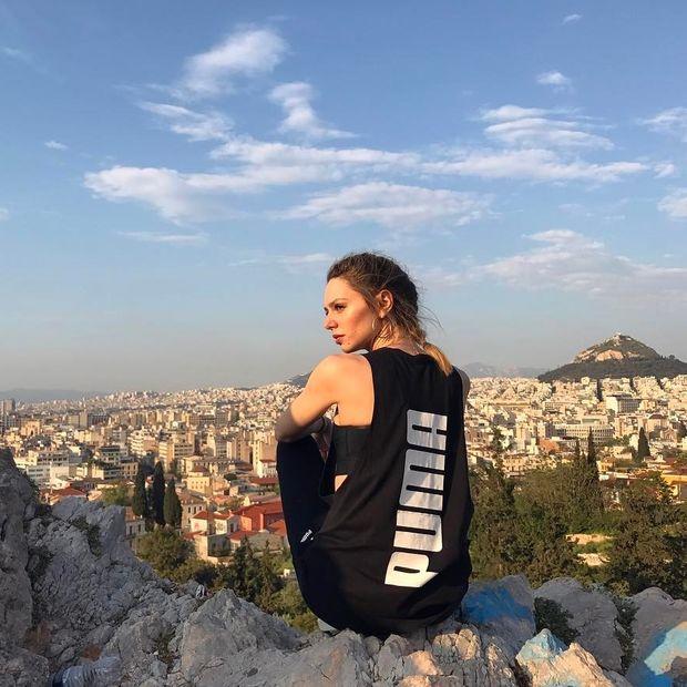Η Έβελυν Καζαντζόγλου περνά το athleisure style στο επόμενο επίπεδο