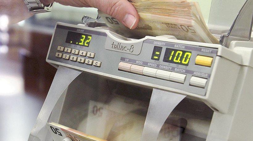 Για να αποφύγει το «κούρεμα» έχασε 2.000 ευρώ!
